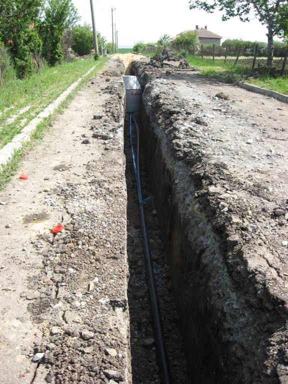 Реконструкция на водопроводната мрежа и изграждане на канализационна мрежа в село Кръстина, Oбщина Камено. 2012